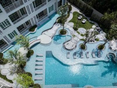 Thiết kế bể bơi trong nhà hiện đại